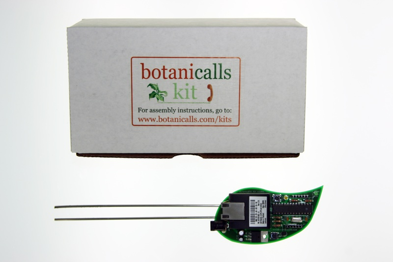 http://www.botanicalls.com/graphics/kit/2.0/800/Botanicalls_Kit_Box_Board_800.jpg
